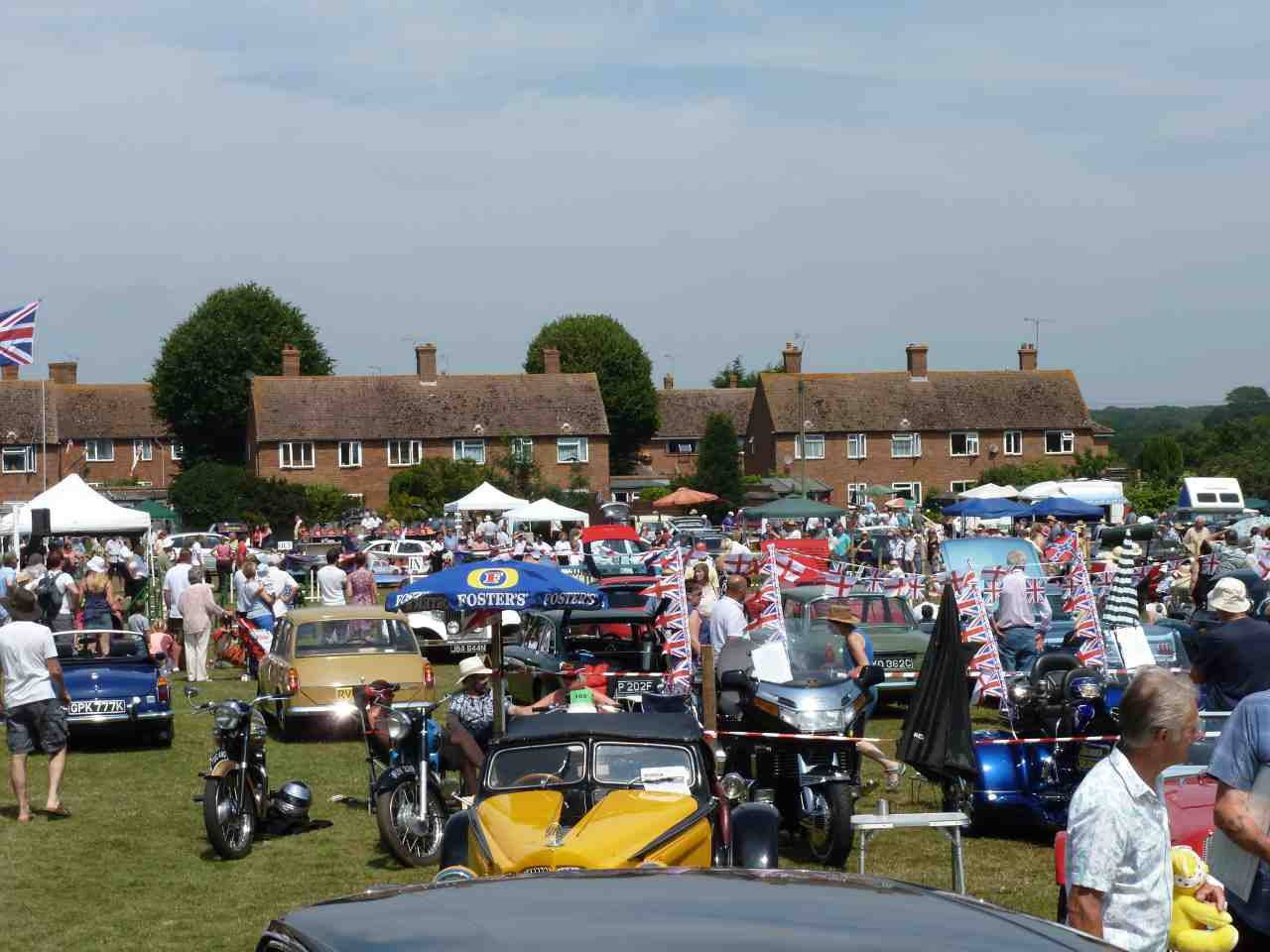 Appledore Vintage & Classic Vehicle Rally includes classic cars ...